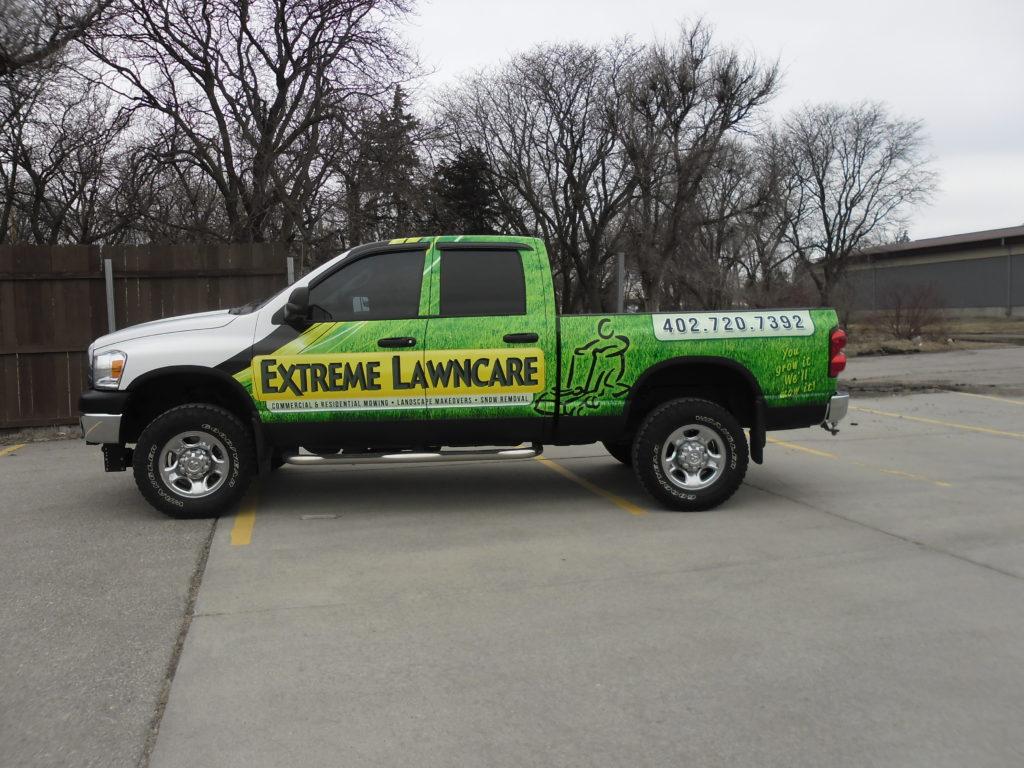 extreme lawncare (1)