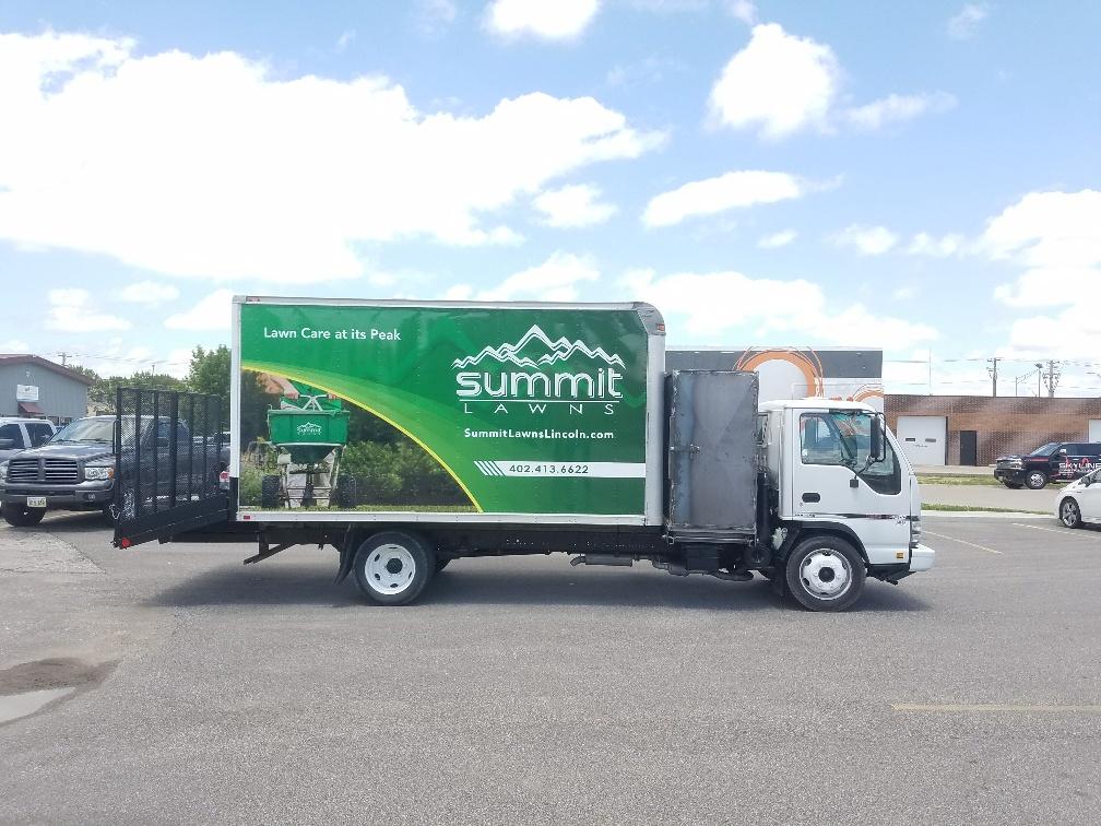 Summit Lawns Box truck_930270_P
